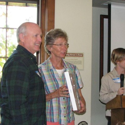 Sarah Hodder and Mark Couchman receive the 2014 Fran Hanes Award.